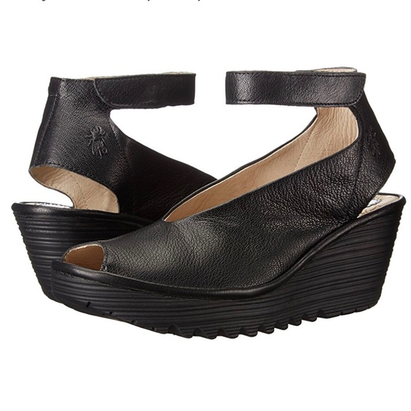 0cfa0938866 Fly London Shoes - Fly London Yaya Ankle-Strap Pump Wedge Sz 9 40